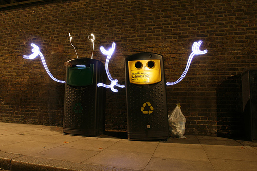 trashcan and recycle bin light graffiti