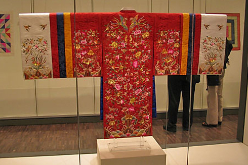 korean royal hanbok embroidery
