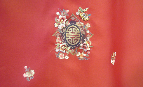 hanbok embroidery detail