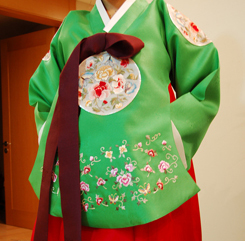 Korean bridal clothes detail