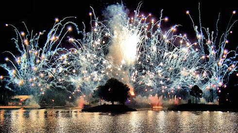 white_fireworks.jpg