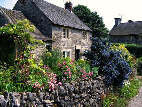 Cottage-Garden-in-Tissingto