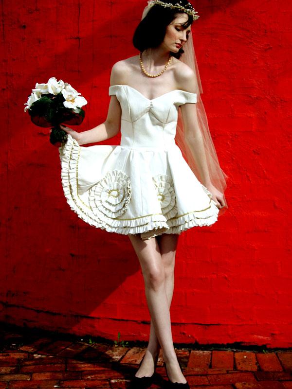 jackie kennedy wedding photo. jackie kennedy wedding dress.