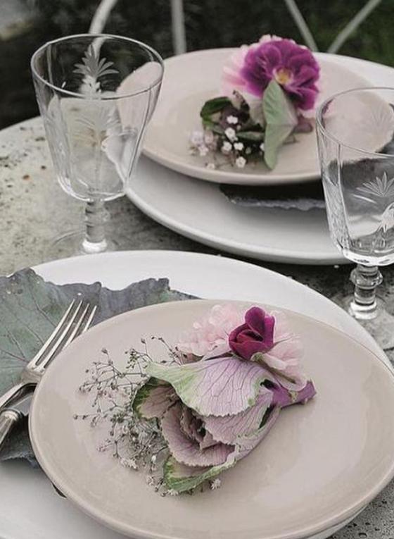 purple flowers on a wedding plate