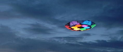 "UFO Spotted Over Poland ""We Come in Color"""