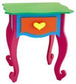 Mesa para una niña.
