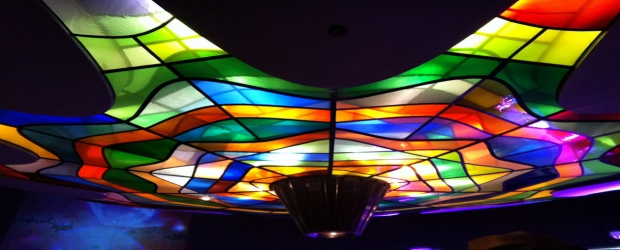 Color Inspiration in Decor: Lighting that Dazzles